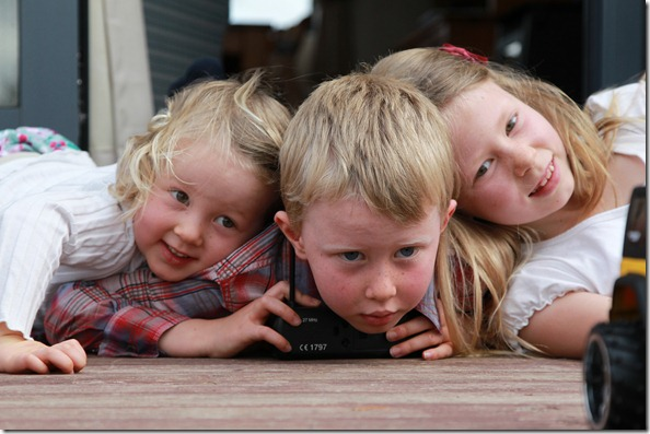 2011-07-03 Van Ballegooy Kids 003